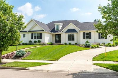 Beavercreek Single Family Home For Sale: 1376 Huntland Court