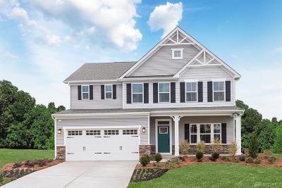 Huber Heights Single Family Home For Sale: 4370 Saratoga Way