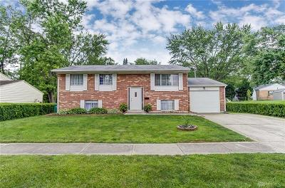 Huber Heights Single Family Home For Sale: 7232 Cosner Drive