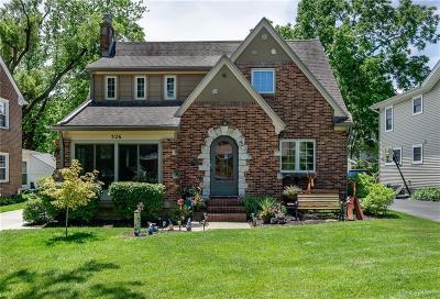 Oakwood Single Family Home For Sale: 326 Telford Avenue