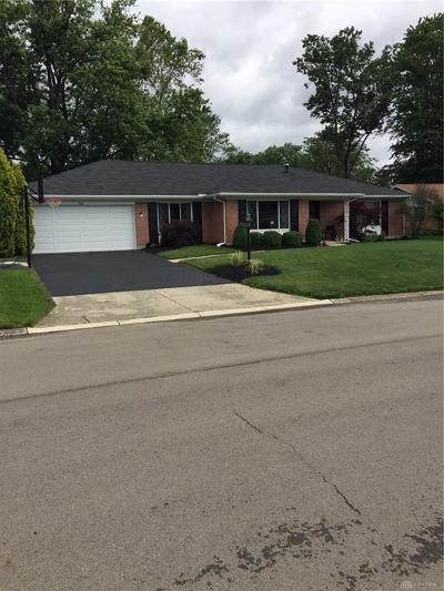 Kettering Single Family Home Pending/Show for Backup: 2337 Sugar Maple Drive