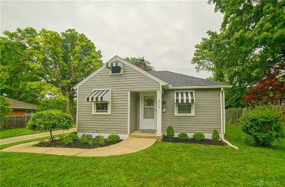 Kettering Single Family Home For Sale: 2724 Delmonte Avenue