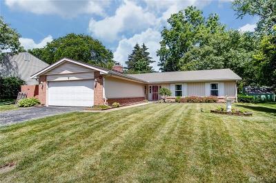 Dayton Single Family Home For Sale: 4930 Amberwood Drive