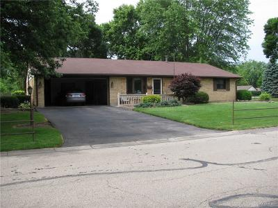 Single Family Home For Sale: 140 Cloverwood Drive