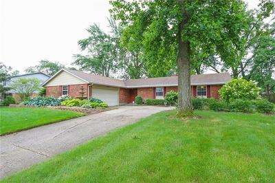 Dayton Single Family Home For Sale: 2324 Lantern Hill Drive