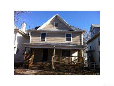 Dayton Single Family Home For Sale: 116 Fountain Avenue