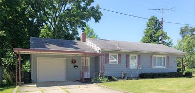 Brookville Single Family Home Pending/Show for Backup: 216 Harshman Street