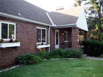 Oakwood Single Family Home For Sale: 1 Acacia Drive