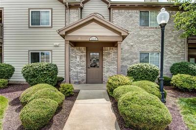 Dayton Condo/Townhouse Pending/Show for Backup: 1705 Piper Lane #104