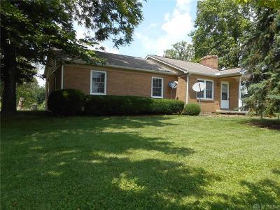 Clinton County Single Family Home For Sale: 6843 Prairie Rd