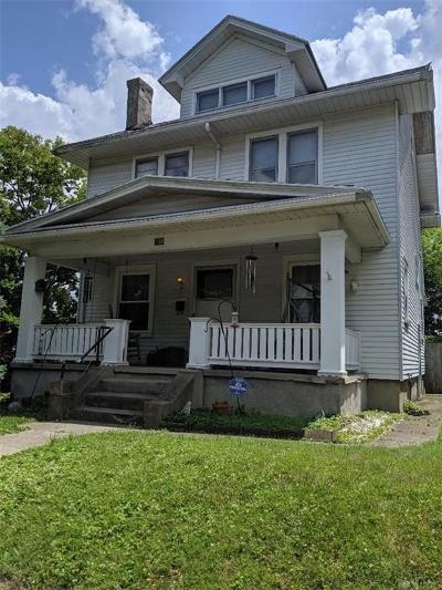 Dayton Single Family Home For Sale: 136 Hudson Avenue
