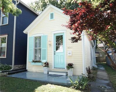 Dayton Single Family Home For Sale: 600 Oak Street