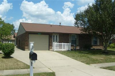 Dayton Single Family Home For Sale: 8442 Schoolgate Drive