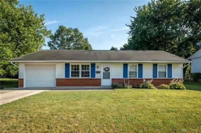 New Carlisle Single Family Home For Sale: 905 Pepperwood Drive