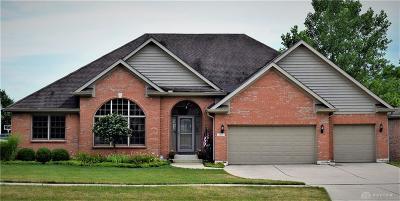 Vandalia Single Family Home For Sale: 784 Deer Creek Drive