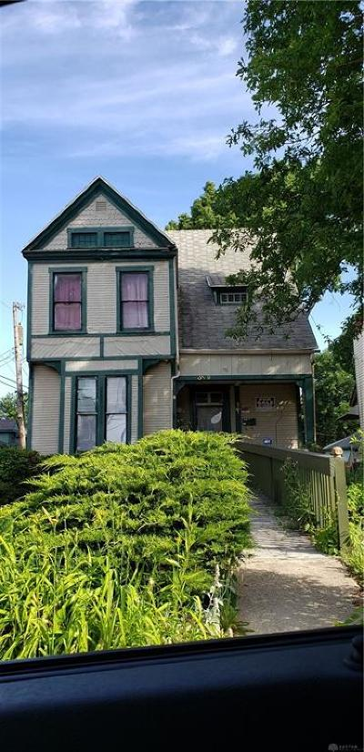 Dayton Single Family Home For Sale: 319 Superior Avenue