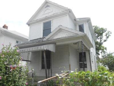 Dayton Single Family Home For Sale: 228 Fillmore Street