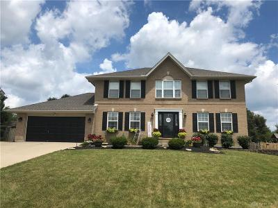 Warren County Single Family Home For Sale: 490 Greystone Drive