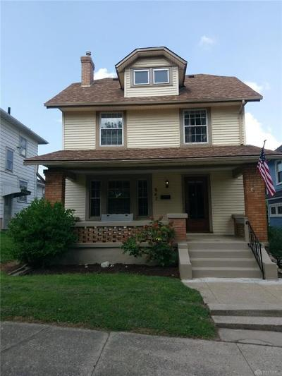 Dayton Single Family Home For Sale: 847 Hodapp Avenue