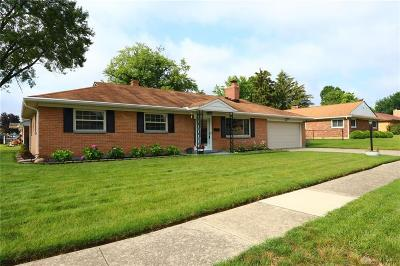 Dayton Single Family Home For Sale: 1142 Wenbrook Drive