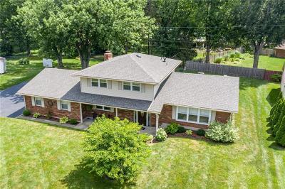 Dayton Single Family Home For Sale: 5536 Knollcrest Court