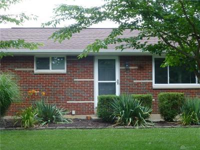 Beavercreek Single Family Home For Sale: 3440 Knollwood Drive