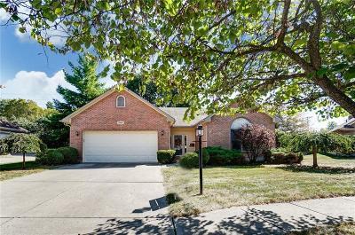 Dayton Single Family Home For Sale: 244 Ravelle Court