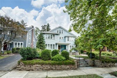 Oakwood Single Family Home For Sale: 27 Dixon Avenue