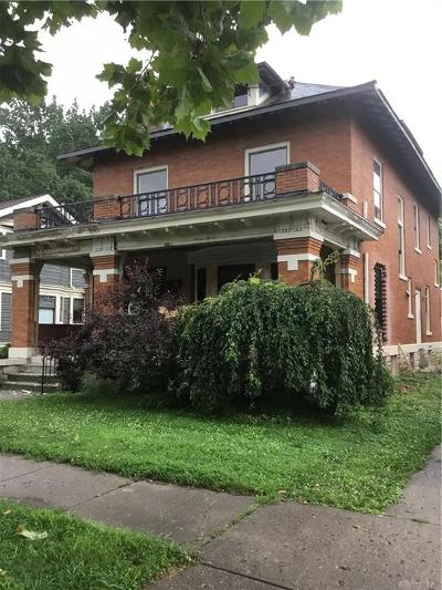 Dayton Single Family Home For Sale: 326 Park Drive