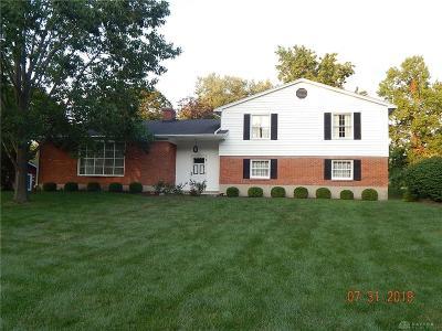 Dayton Single Family Home For Sale: 801 Banbury Road