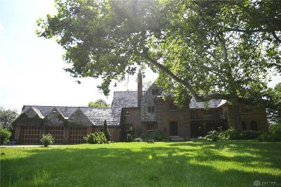 Dayton Single Family Home For Sale: 1231 Hook Estate Drive