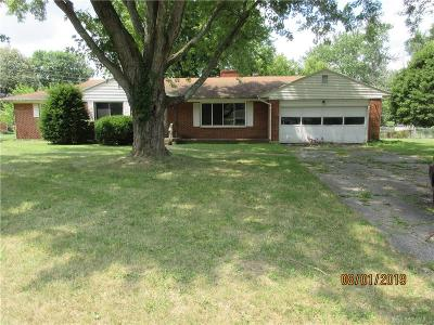 Beavercreek Single Family Home For Sale: 2720 Edwin Drive