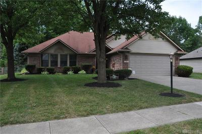 Englewood Single Family Home For Sale: 309 Bearcreek Court