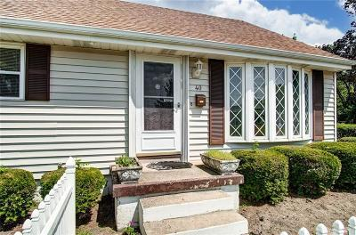 Vandalia Single Family Home Pending/Show for Backup: 40 Larry Avenue