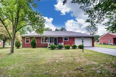 Springfield Single Family Home For Sale: 452 Possum Road