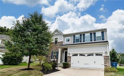 Dayton Single Family Home For Sale: 1011 Champion Oak Court