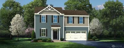 Xenia Single Family Home For Sale: 2790 Kingman Drive