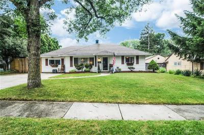 Kettering Single Family Home For Sale: 3807 Saranac Drive