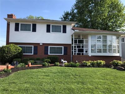 Kettering Single Family Home For Sale: 1720 Redbush Avenue