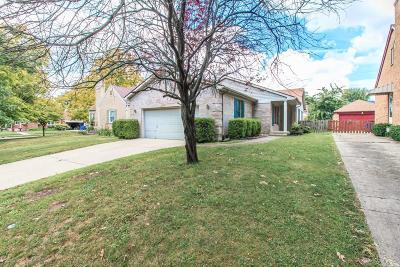 Dayton Single Family Home For Sale: 907 Gainsborough Road