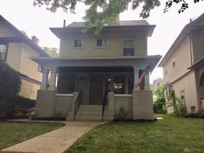 Dayton Single Family Home For Sale: 160 Illinois Avenue
