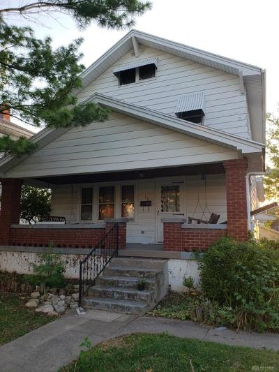 Dayton Single Family Home For Sale: 39 Cherrywood Avenue