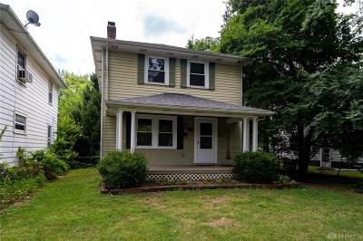 Kettering Single Family Home For Sale: 1560 Constance Avenue