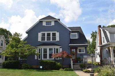 Springfield Single Family Home For Sale: 133 Kensington Place