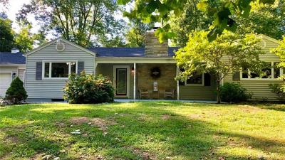Middletown Single Family Home For Sale: 1702 Middletown Eaton Road