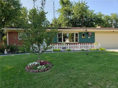 Kettering Single Family Home For Sale: 816 Cushing Avenue