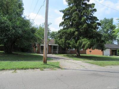 Dayton Single Family Home For Sale: 4436 Blueberry Avenue