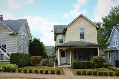 Springfield Single Family Home For Sale: 211 Florence Street