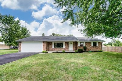 Urbana Single Family Home For Sale: 4049 Walnut Grove Circle