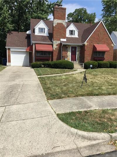 Dayton Single Family Home For Sale: 1055 Bertram Avenue